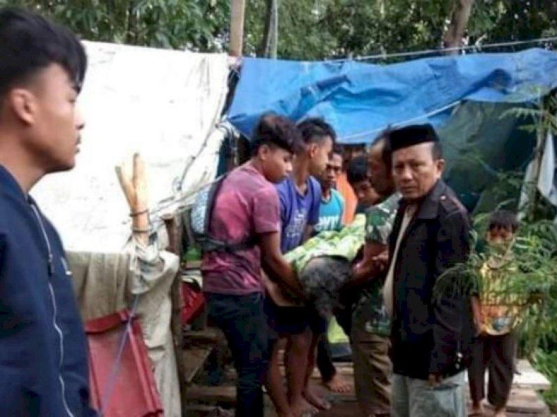 Kedinginan, Wanita di Majene Meninggal di Tenda Pengungsi