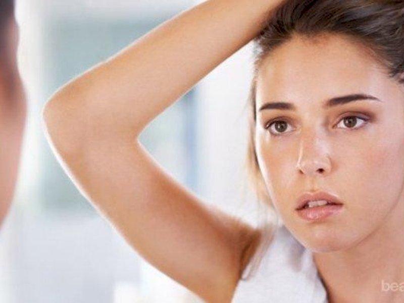 Ternyata Ini 7 Penyebab Muka Berminyak Saat Bangun Tidur
