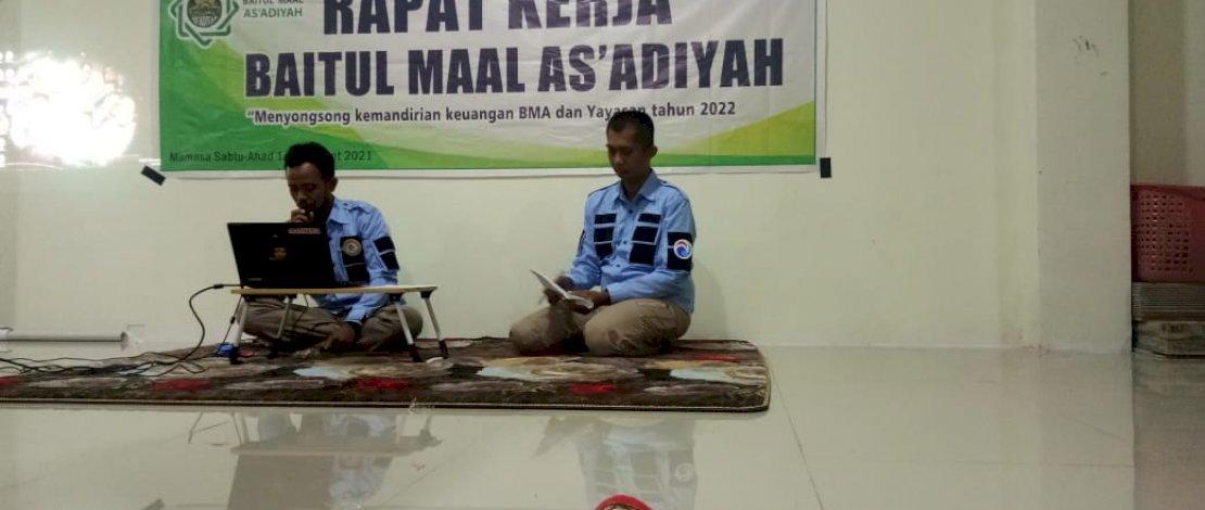 Suasana rapat kerja Baitul Maal As'adiyah.