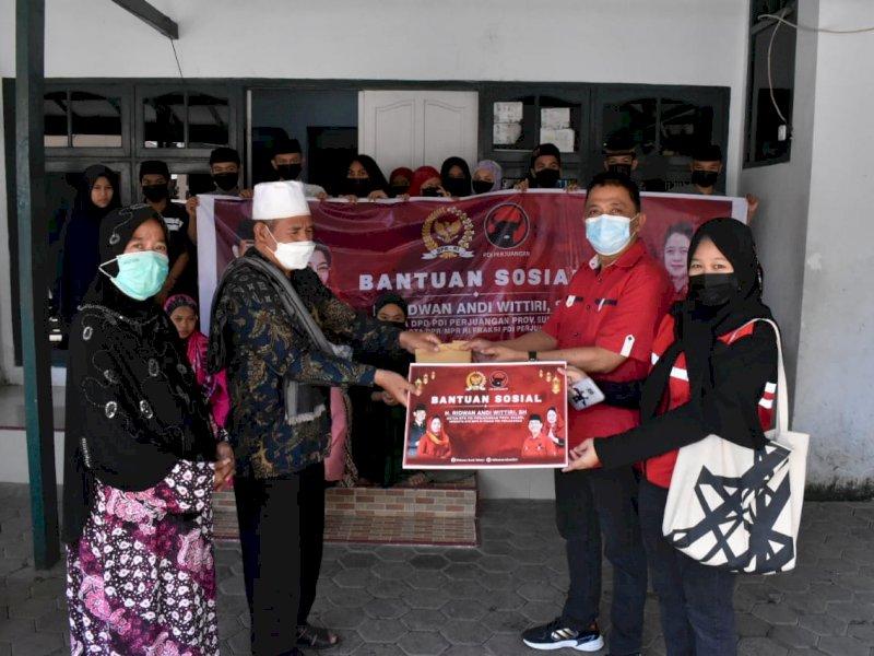 ARW Berbagi, Beri Bantuan Kedelapan Panti Asuhan di Kota Makassar