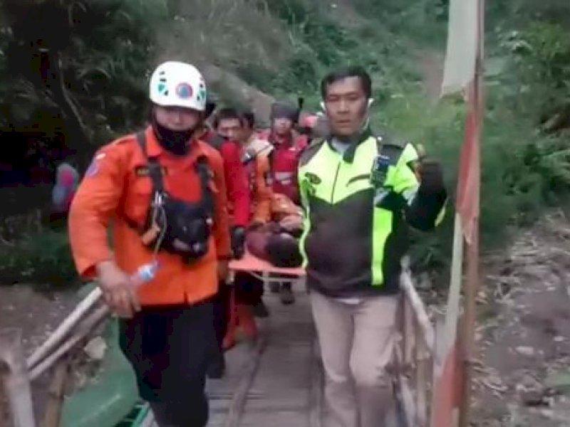 Tak Pernah Gelap Selama Lima Hari, Pengalaman Mistis Pendaki Remaja Hilang di Gunung Guntur