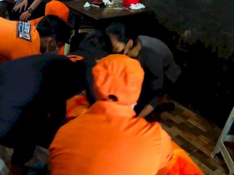 Pengunjung Warkop di Parepare Meninggal Tiba-tiba, Petugas Medis Sempat Datang Beri Pertolongan Pertama
