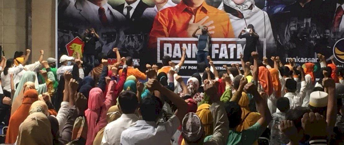 Beberapa komunitas berkumpul di kediaman Danny Pomanto di Jl Amirullah, menyampaikan dukungan ke pasangan Danny-Fatma pada Pilkada Kota Makassar 2020.