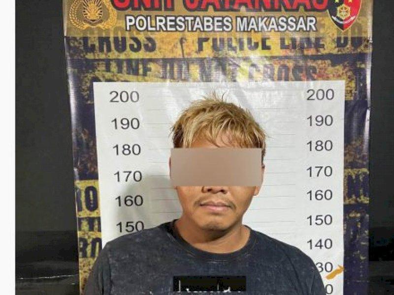 Pemuda di Makassar Ditangkap Usai Rampas Uang Hasil Jualan Ayam