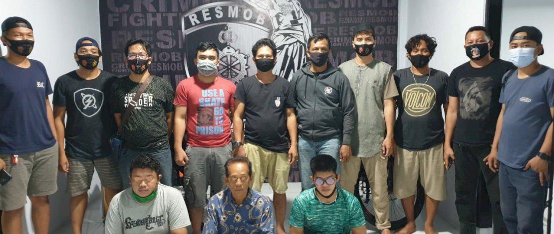 Resmob Polres Pinrang bersama Unit PPA, membekuk tiga predator seks di sebuah pondok pesantren di Pinrang.