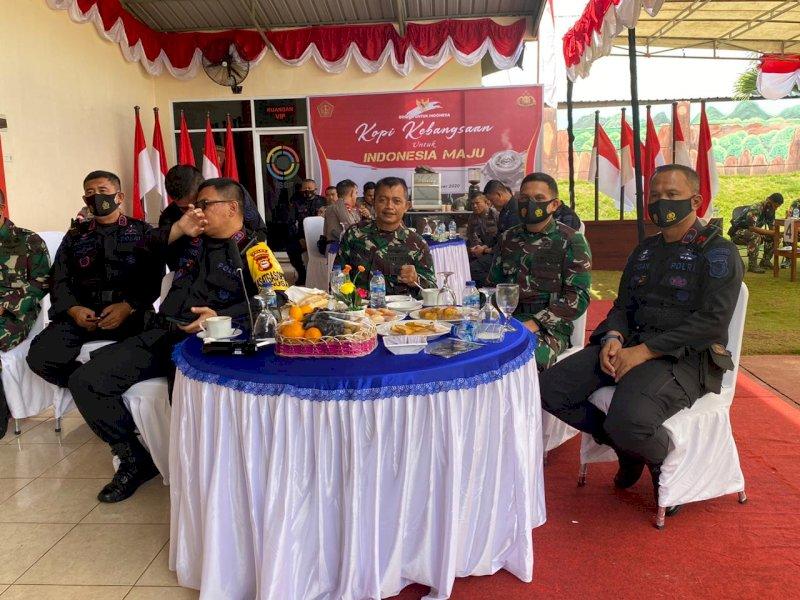 Satbrimob Polda Sulsel r Coffe Morning Bareng Danyon TNI